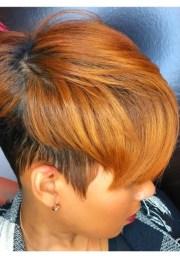 attractive honey blonde hairstyles