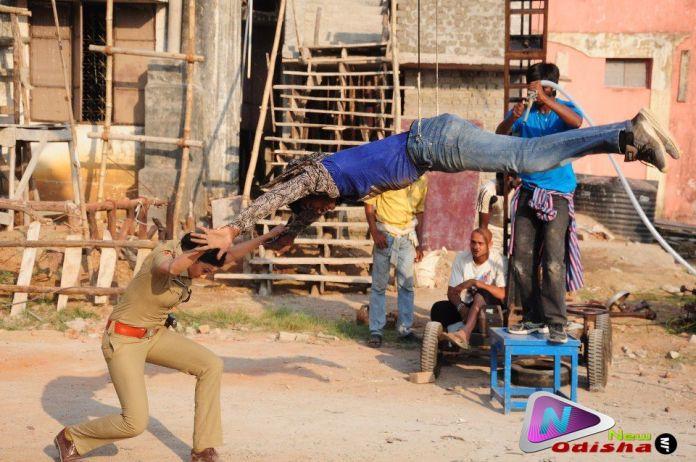 Archita in a fighting Scene in ACP Sagarika