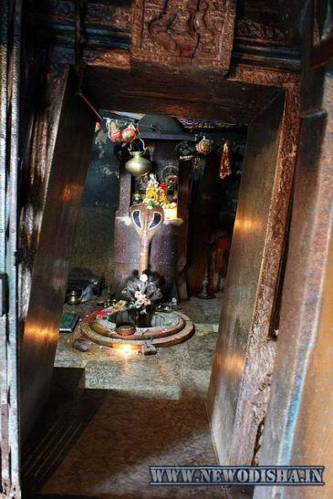 Lord Shiva of Huma Leaning Shiva Temple