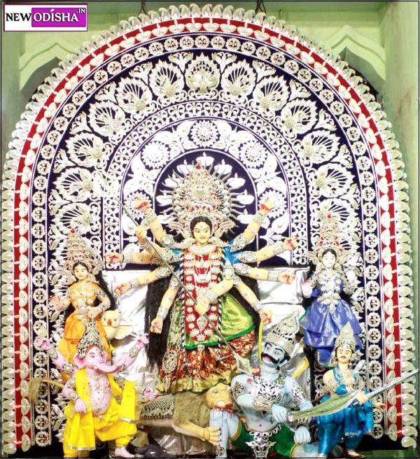 Cuttack Khatbin Sahi Durga Medha 2015