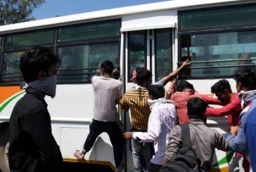 Delhi deploys 570 buses to drop migrants to border
