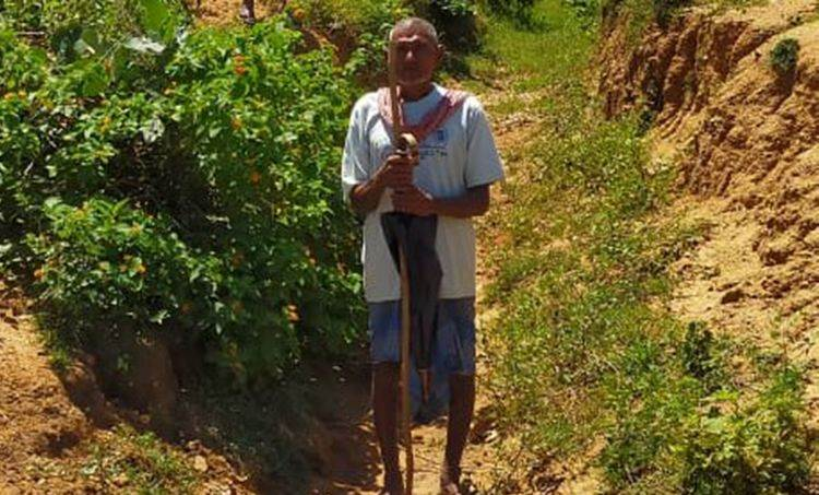 Man Digs 3-km canal for 30 years to irrigate fields in Gaya village