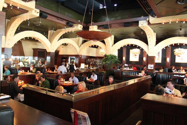 Houstons Restaurant  New Orleans  Restaurant