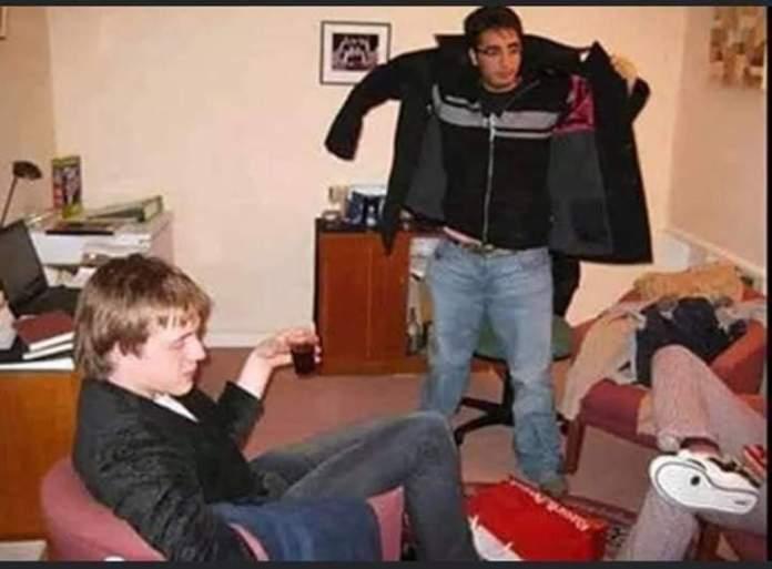 Bilawal Bhutto Zardari in an indoor party with David James