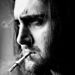 صور رجل حزين انا حزين جدا فوتوجرافر