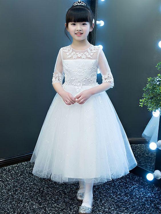 8405c4cf2cf1a أزياء أطفال مودرن ورائعة جدا للبنات الصغار أليكم الآن اجمل مجموعة من صور فساتين  الأطفال في العالم بأحدث الأوان والأشكال الرائعة والحديثة لعشاق الأزياء في  كل ...