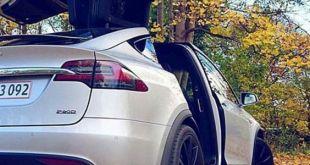 خلفيات سيارات تسلا Tesla