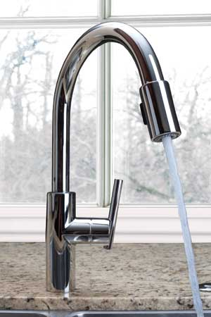 east linear pull down kitchen faucet