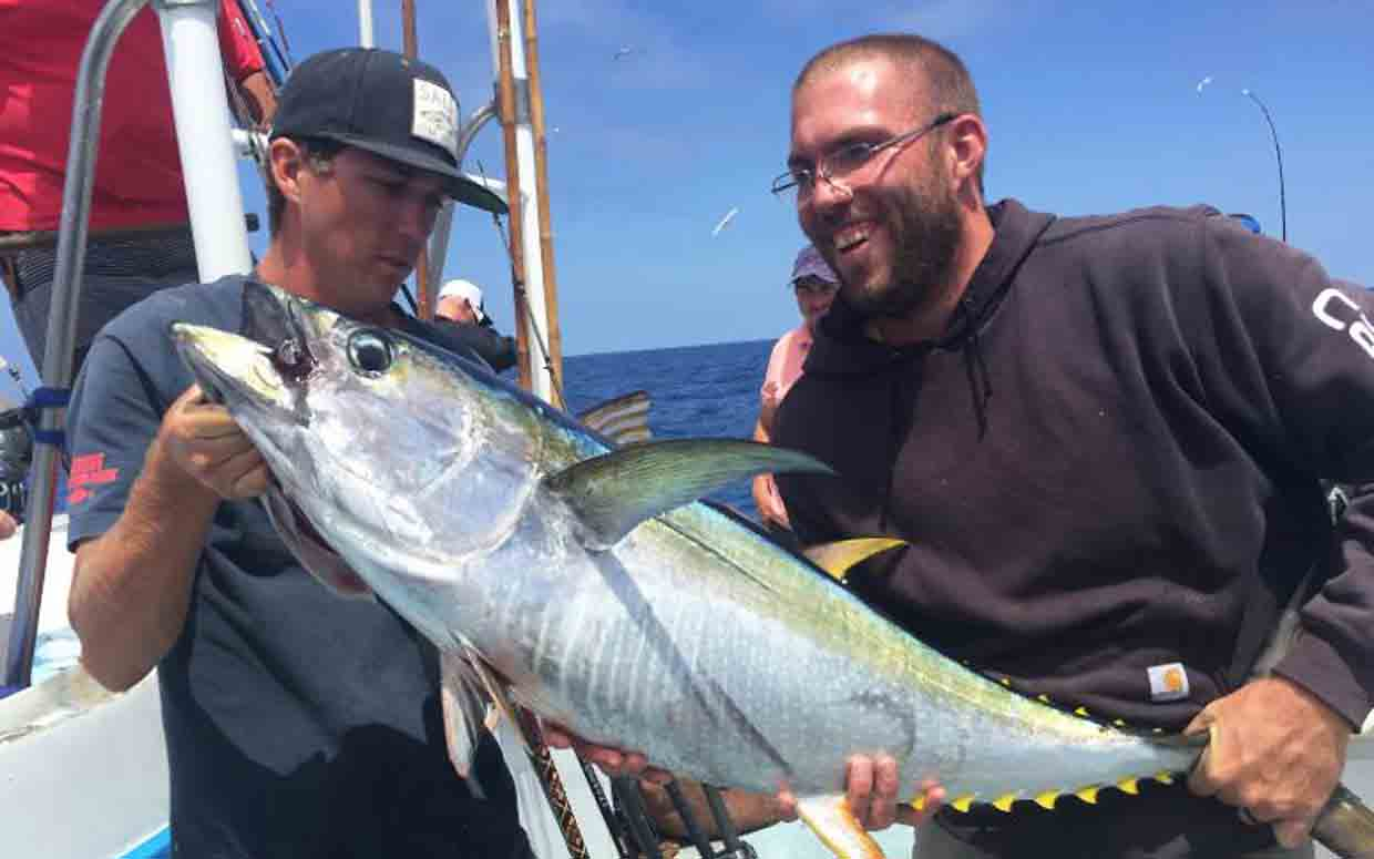 hight resolution of tuna fishing usually begins sometime in june with albacore tuna and bluefin tuna usually first appearing in our waters during warmer water years yellowfin