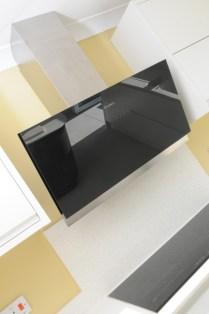 Bosch Black Glass Angled Chimney Hood