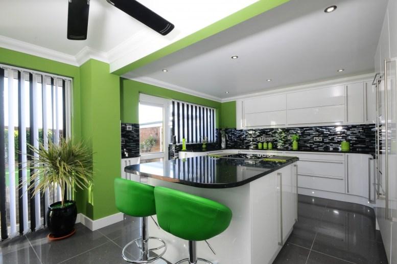Second Nature Porter white gloss kitchen