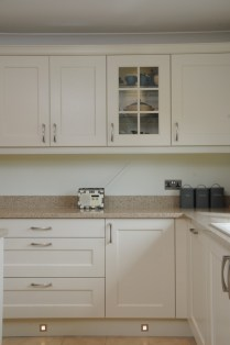 Kitchen Stori Wakefield in Ivory