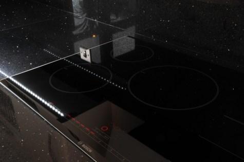 Bosch Flexinduction Hob in black glass