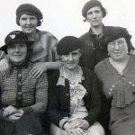 granny-frank-halls-mother-behind-hersmal2l.jpg
