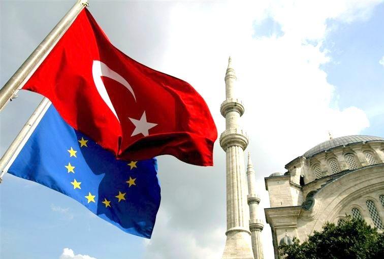 ЕС против преследований журналистов в Турции