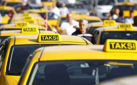 МВД Турции подготовило напоминание для таксистов и пассажиров