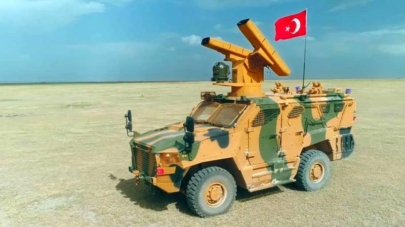 Турция представила новый ЗРК и беспилотный мини-танк