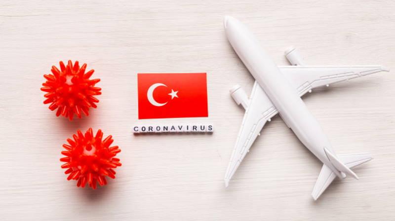 Турция приостановила сообщение с 6 странами и обновила правила въезда