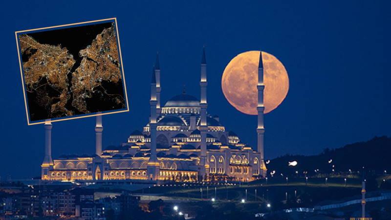 Стамбул из космоса и суперлуние в мегаполисе