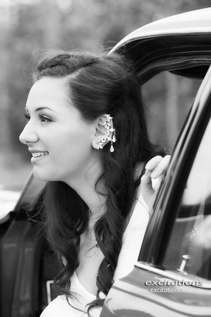 Beautiful Mildura Debutante steps out of a car before making a grand entrance to the ball.
