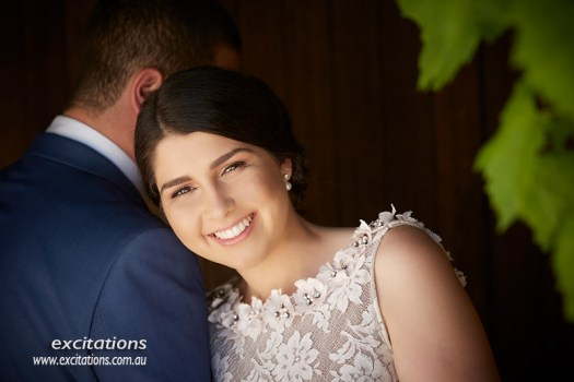 Close up location photography of beautiful young woman and her man. Engagement photogaphy by excitations.
