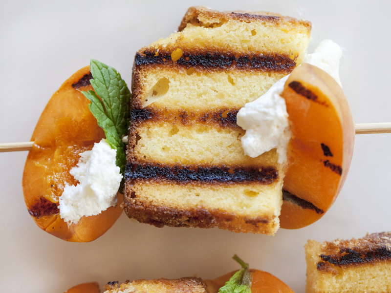 JackieAlpers-grilled-fruit-poundcake-kabobs