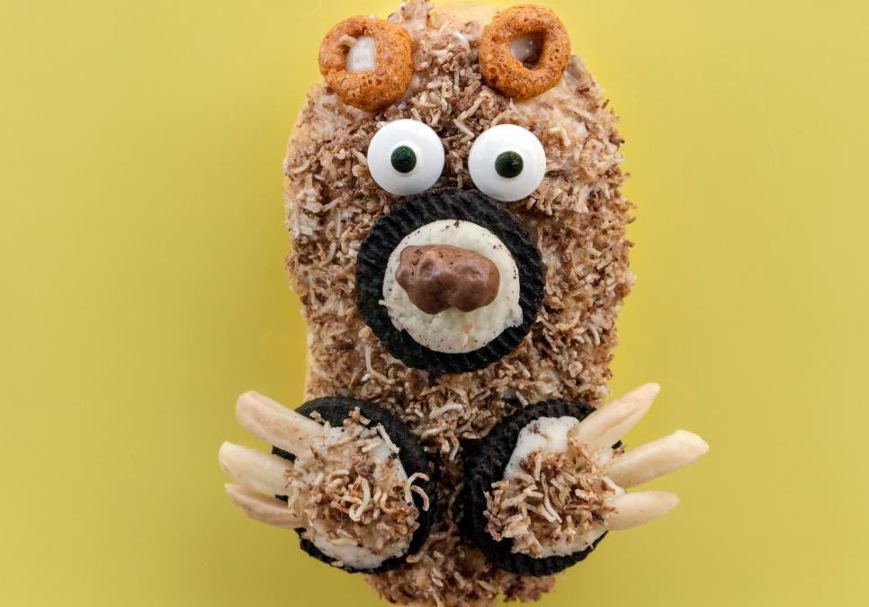 Jackie Alpers Makes Eclair Bears for the Food Network