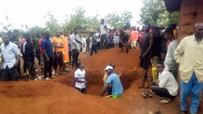 Bandits kill traditional ruler's aide, his wife and daughter-in-law in Kaduna