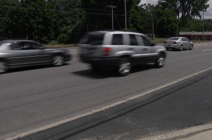 carsdriving_444216