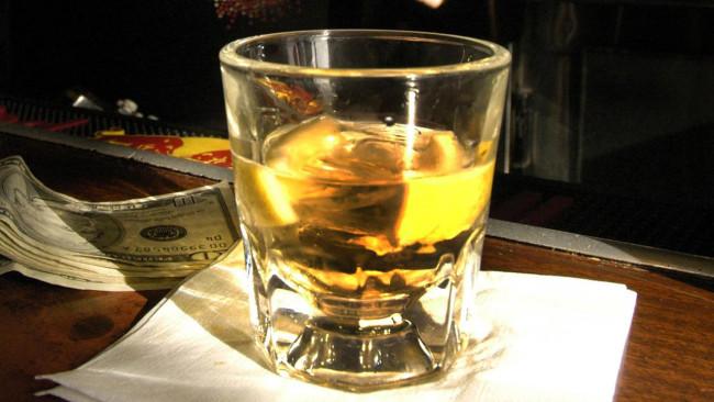 bar-drinks-liquor-shot_671922