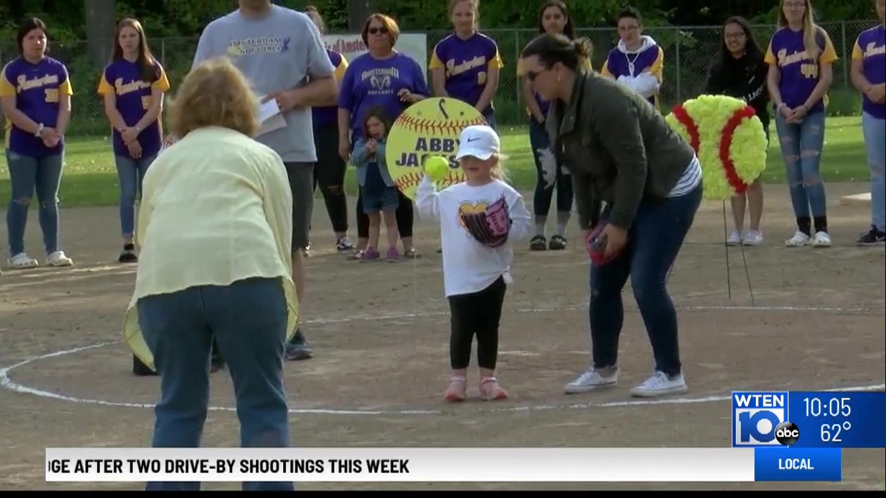 Softball game remembers victims of Schoharie limo crash