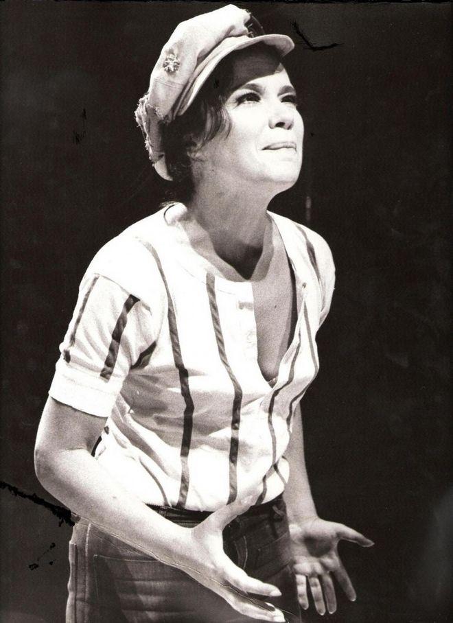 Τζένη Καρέζη (Το Μεγάλο μας Τσίρκο, 1973)