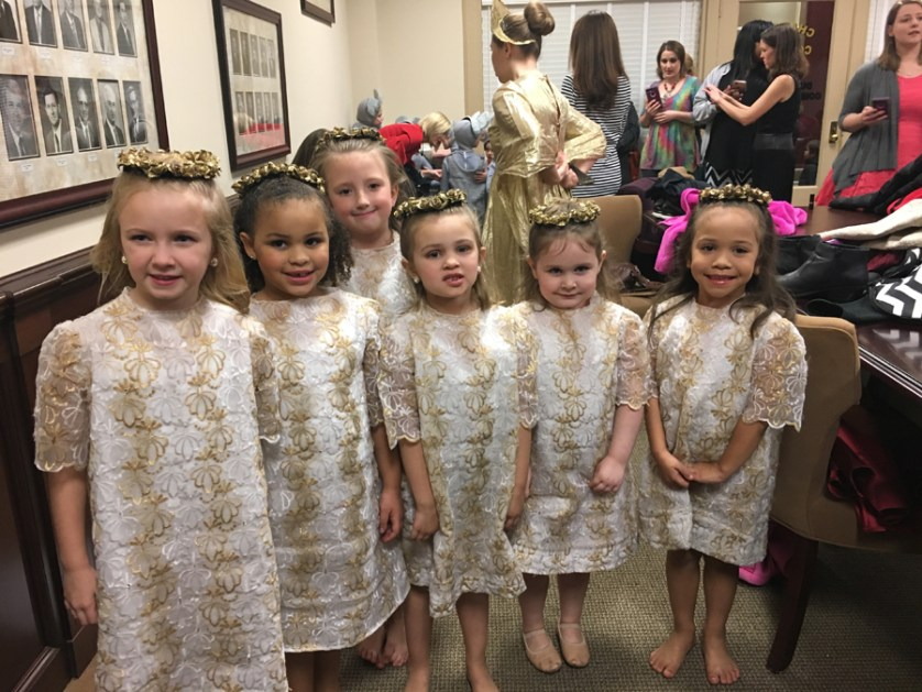 """Local dancers share """"Nutcracker"""" stage with Columbia City Ballet"""