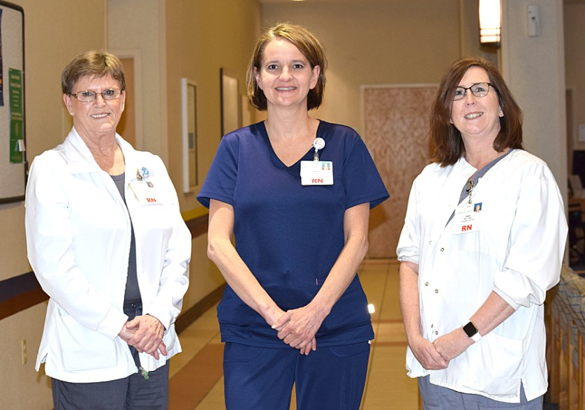 Trio of emergency nurses at Carolina Pines receive certification