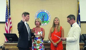 Askins sworn in as new County Council member