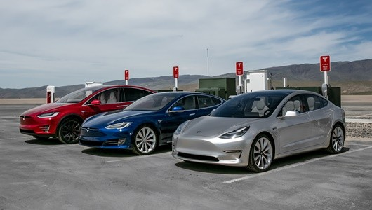 2017-Tesla-Model-3-2016-Tesla-Model-X-Tesla-Model-S-charging-stations-chariatis-530