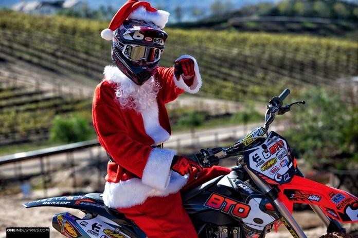 one-industries-moto-santa-fmx-moto-christmas-huge-whip-7