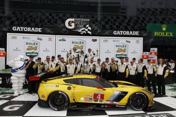 winners_podium_gt_le_mans_daytona_2016