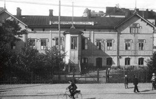 Pelastusarmeijan ensimmäinen miesten yömaja avasi ovensa 1907