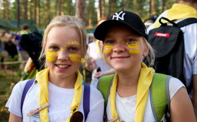 Roihu partiotapahtuman reippaita partiolaisia. Kuva: Suomen Partiolaiset / Heikki Heinonen
