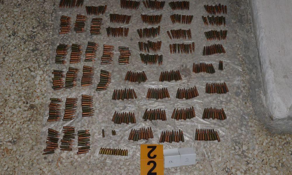 Προφυλακιστέος ο 42χρονος εκδότης για τη γιάφκα με τα εκρηκτικά και τα πυρομαχικά στο Κουκάκι