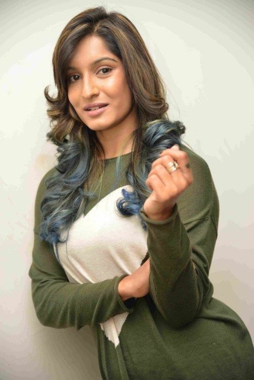Krishi Thapanda Biography