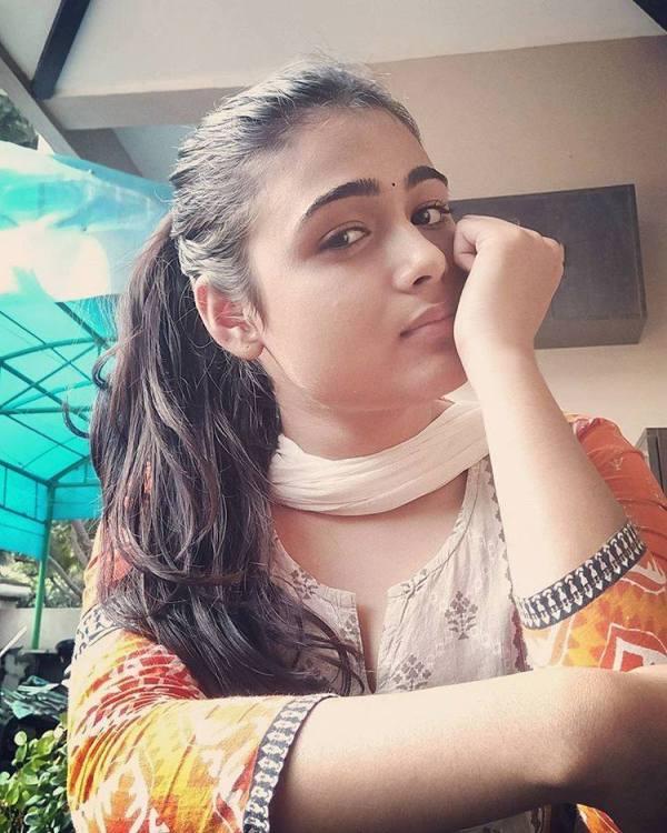 Cute Shalini Pandey | Shalini Pandey Wiki