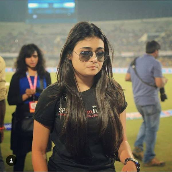 Shalini Pandey Wiki, Biography, Age, Height, Photos, Movies