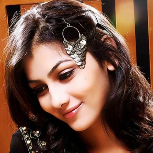 Sriti Jha Profile