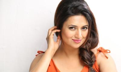 Divyanka Tripathi Biography, Wiki, Family, Images, Husband