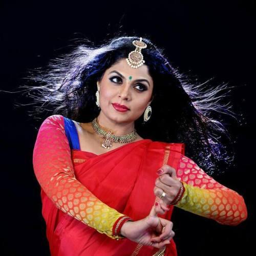Asha Sharath Images