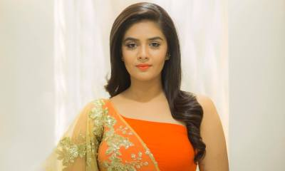 Sreemukhi Wiki, Biography, Age, Height, Family, Movies, Photos