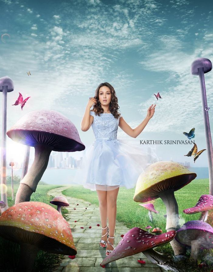 Catherine Tresa Alexander as Alice in Wonderland