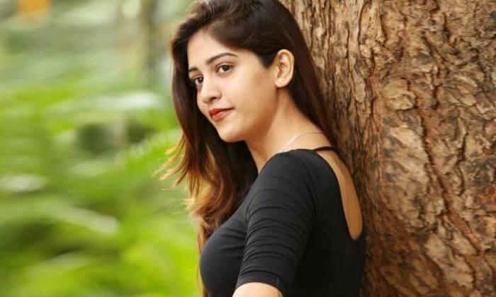 Chandini Chowdary Wiki